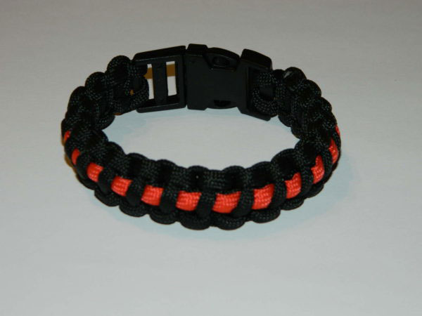 Armband Paracord thin red line 600x450 - Armband PARACORD thin red line