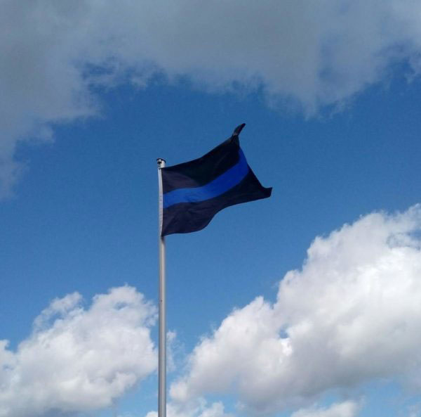 FLAGGE_thin_blue_line.jpg