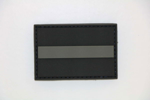 Klettpatch THIN GREY LINE 600x400 - Klettpatch THIN GREY LINE