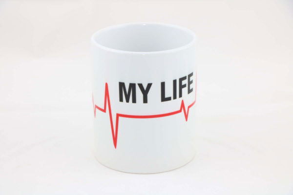 Tasse MY LIFE thin red line 600x400 - Tasse MY LIFE thin red line