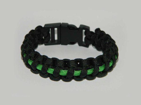 paracord armband thin green line jpg 600x450 - Armband PARACORD thin green line
