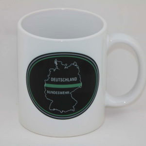 tasse deutschland oval thin green line 300x300 - Klettpatch THIN GREEN LINE