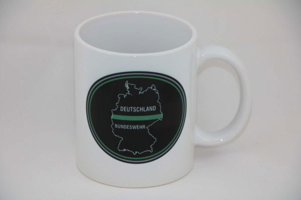 tasse deutschland oval thin green line 600x400 - Tasse DEUTSCHLAND OVAL thin green line